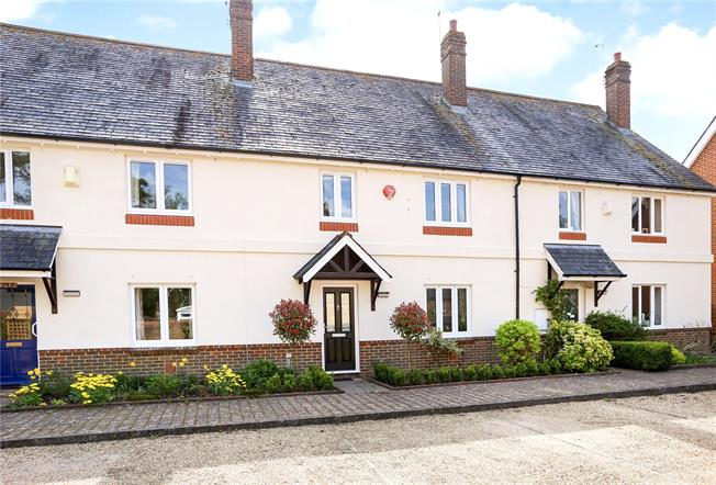 Guide Price £459,500, 3 Bedroom Mews House For Sale in Selborne, GU34