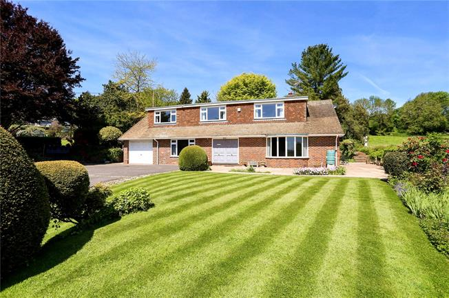 Guide Price £875,000, 4 Bedroom Detached House For Sale in East Worldham, GU34