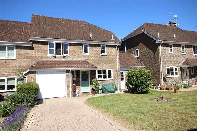 Guide Price £439,995, 4 Bedroom Semi Detached House For Sale in Alton, GU34