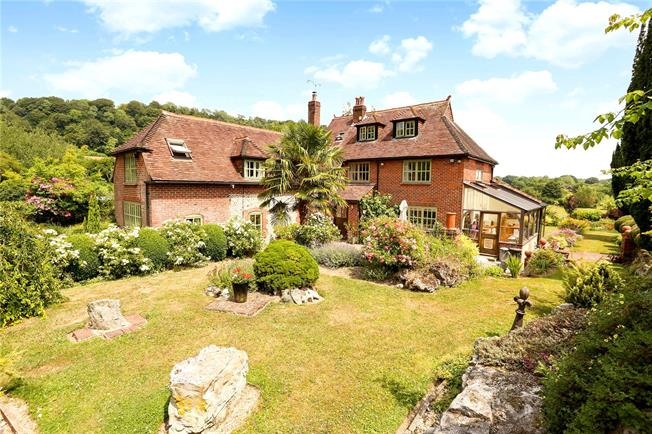 Guide Price £1,500,000, 6 Bedroom Detached House For Sale in Hampshire, GU33