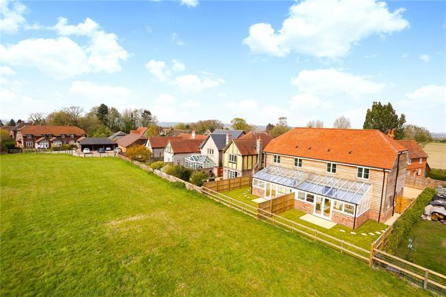 Guide Price £625,000, 3 Bedroom Semi Detached House For Sale in Alton, Hampshire, GU34