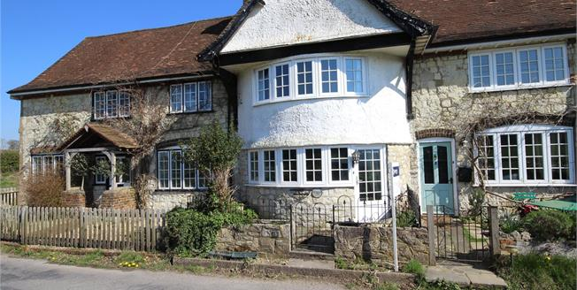 Guide Price £440,000, 3 Bedroom Terraced House For Sale in Empshott, GU33