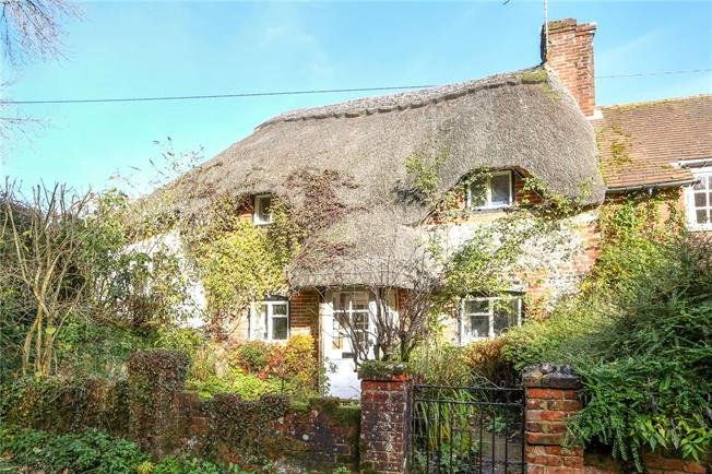 Guide Price £625,000, 3 Bedroom Semi Detached House For Sale in Hampshire, SO24