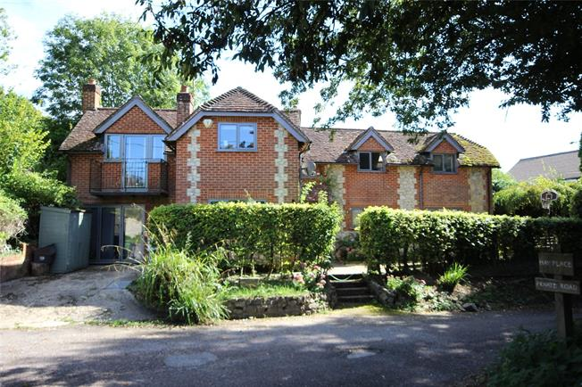 Guide Price £725,000, 4 Bedroom Detached House For Sale in Binsted, GU34