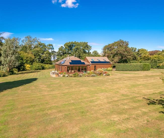 Offers in excess of £850,000, 5 Bedroom Detached House For Sale in Bentworth, GU34