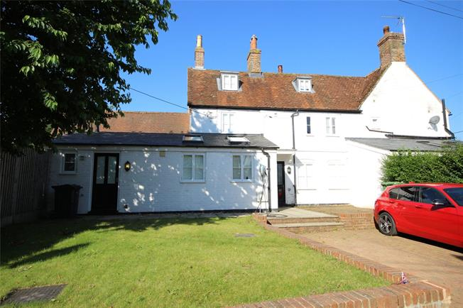 Guide Price £445,000, 3 Bedroom Terraced House For Sale in Holybourne, GU34