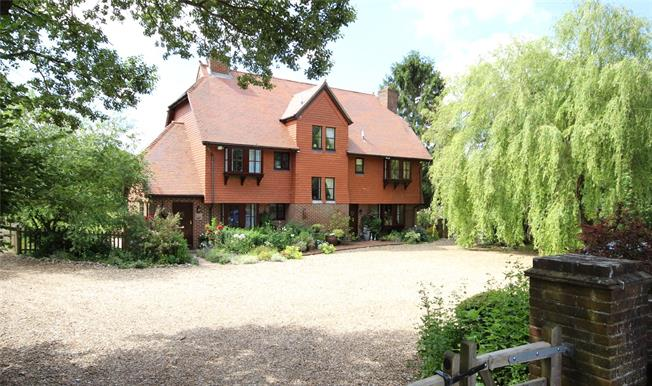 Guide Price £1,250,000, 5 Bedroom Detached House For Sale in Newton Valence, GU34