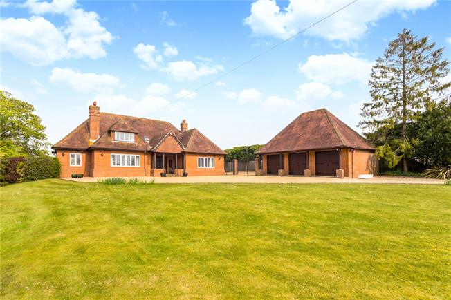 Guide Price £1,250,000, 4 Bedroom Detached House For Sale in Alton, Hampshire, GU34