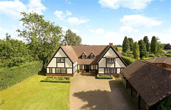 Guide Price £1,450,000, 6 Bedroom Detached House For Sale in Medstead, GU34