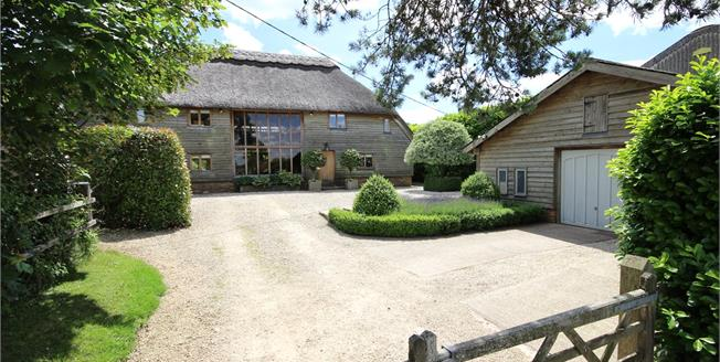 Guide Price £1,150,000, 3 Bedroom Detached House For Sale in Alresford, Hampshire, SO24