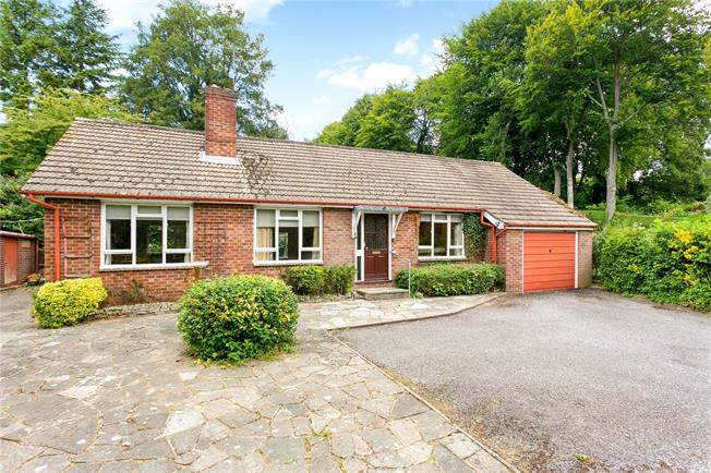 Asking Price £650,000, 3 Bedroom Detached House For Sale in Beech, GU34