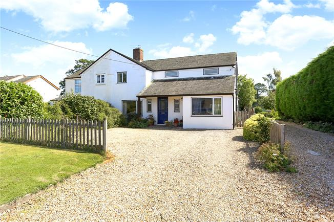 Guide Price £635,000, 4 Bedroom Semi Detached House For Sale in Bentworth, Alton, GU34