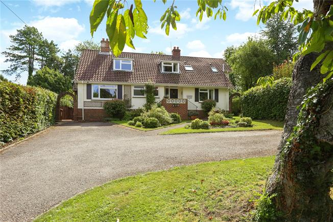 Guide Price £875,000, 4 Bedroom Detached House For Sale in Alton, Hampshire, GU34