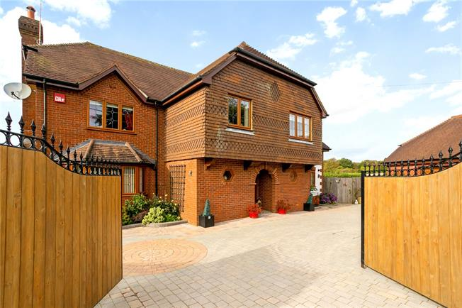 Guide Price £1,275,000, 5 Bedroom Detached House For Sale in Alton, Hampshire, GU34