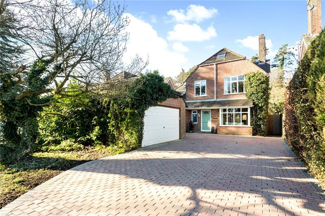 Guide Price £745,000, 5 Bedroom Detached House For Sale in Hampshire, GU34