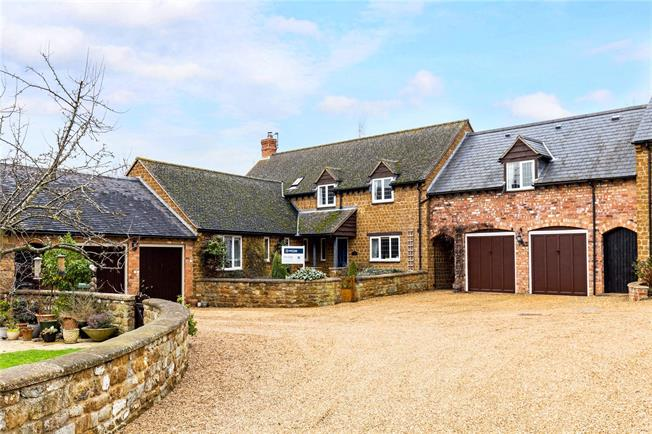 Offers in excess of £699,995, 5 Bedroom House For Sale in Radway, CV35