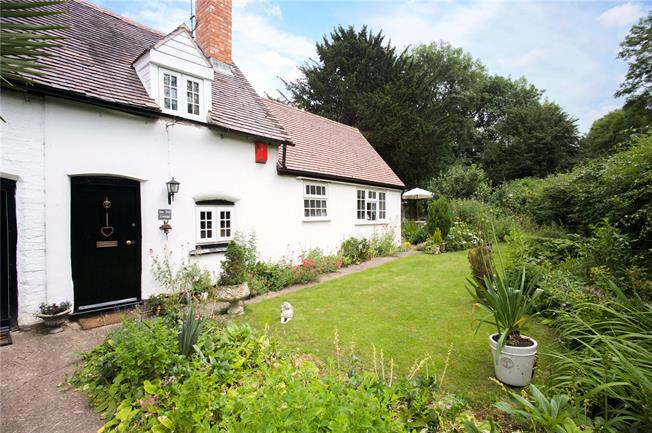 Offers in excess of £300,000, 2 Bedroom Semi Detached House For Sale in Ladbroke, CV47