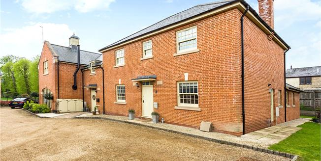 Guide Price £625,000, 4 Bedroom Semi Detached House For Sale in Towcester, Northamptonshi, NN12