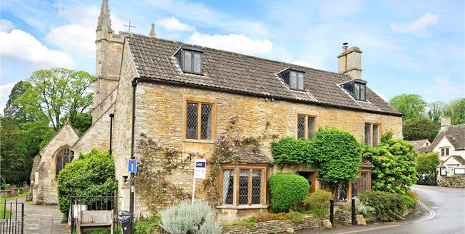 Guide Price £650,000, 4 Bedroom Detached House For Sale in Castle Combe, SN14