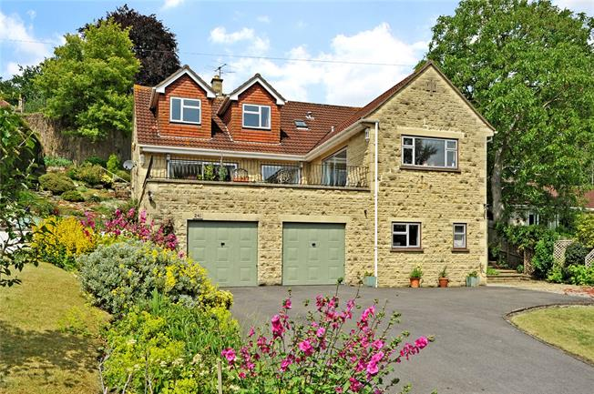 Guide Price £860,000, 5 Bedroom Detached House For Sale in Bath, BA2