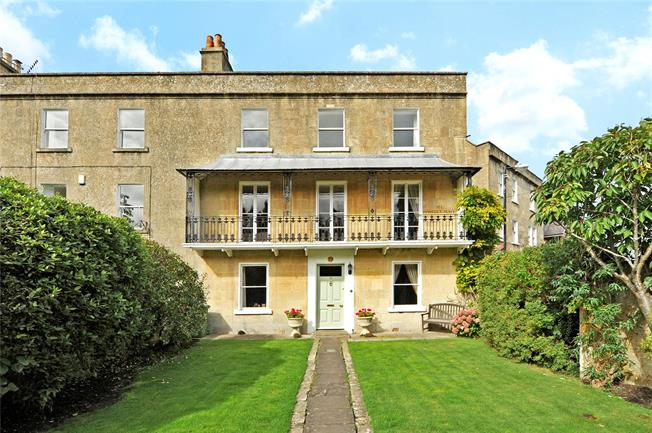 Guide Price £1,250,000, 6 Bedroom Terraced House For Sale in Bath, BA2