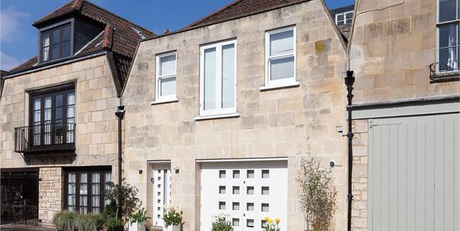 Guide Price £695,000, 1 Bedroom Mews House For Sale in Bath, BA2