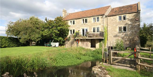 Guide Price £800,000, 4 Bedroom Detached House For Sale in Frome, Somerset, BA11