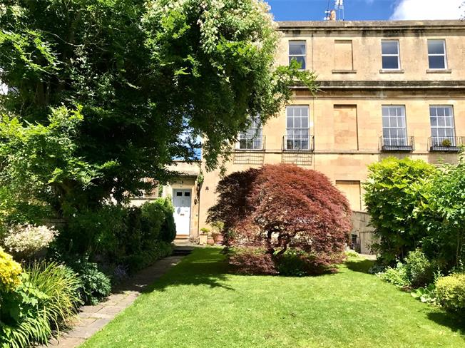 Guide Price £1,800,000, 5 Bedroom Semi Detached House For Sale in Bath, BA1