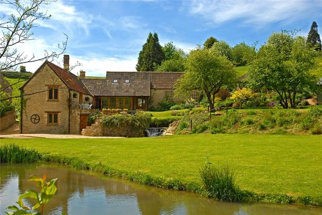 Guide Price £1,000,000, 4 Bedroom Detached House For Sale in North Wraxall, SN14