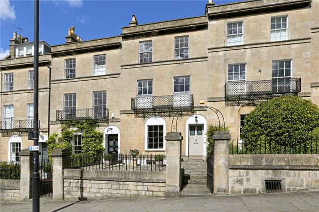 Guide Price £1,395,000, 4 Bedroom Terraced House For Sale in Bath, BA2