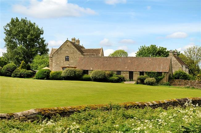 Guide Price £1,150,000, 4 Bedroom Detached House For Sale in Tormarton, GL9