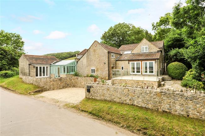 Guide Price £925,000, 5 Bedroom Detached House For Sale in Wick, BS30