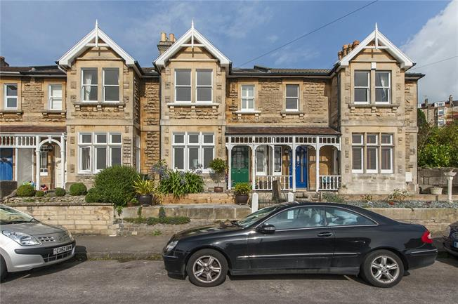 Guide Price £475,000, 3 Bedroom Terraced House For Sale in Bath, BA1