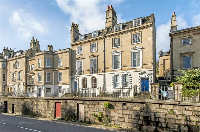 Guide Price £1,100,000, 6 Bedroom Terraced House For Sale in Bath, BA1
