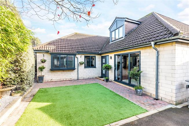 Guide Price £550,000, 4 Bedroom Semi Detached House For Sale in Bath, BA1