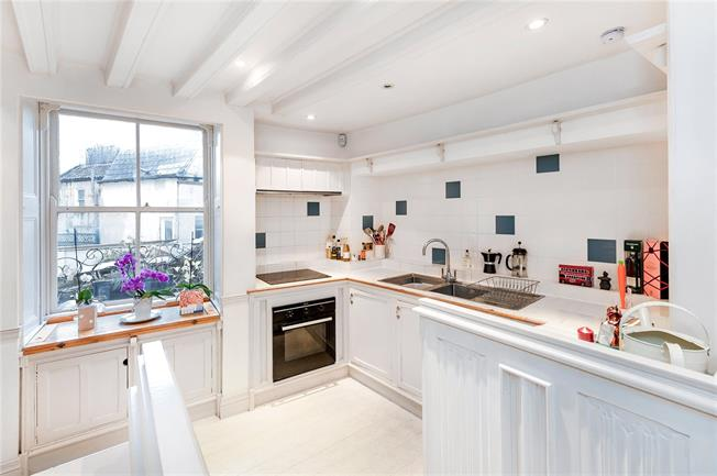 Guide Price £475,000, 2 Bedroom Terraced House For Sale in Bath, BA1