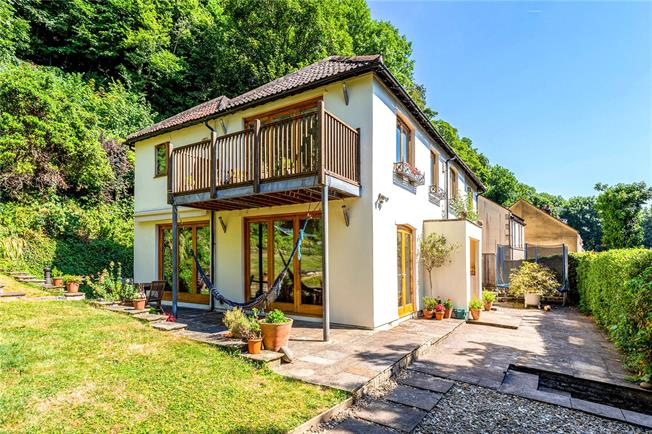 Offers in excess of £1,000,000, 5 Bedroom Detached House For Sale in Bath, BA1