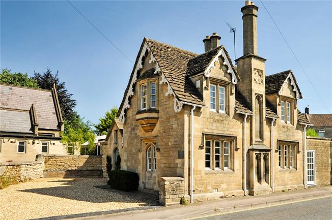 Guide Price £695,000, 4 Bedroom Detached House For Sale in Bradford-on-Avon, BA15