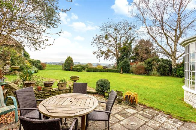 Guide Price £1,000,000, 3 Bedroom Detached House For Sale in Kelston, BA1