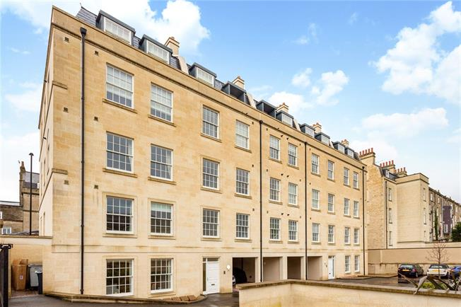 Offers in the region of £675,000, 3 Bedroom Flat For Sale in Bath, BA2