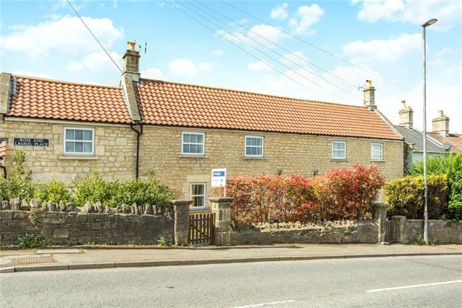 Guide Price £350,000, 3 Bedroom Terraced House For Sale in Bath, BA2