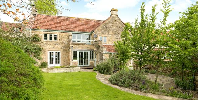 Guide Price £725,000, 4 Bedroom Terraced House For Sale in Wellow, BA2