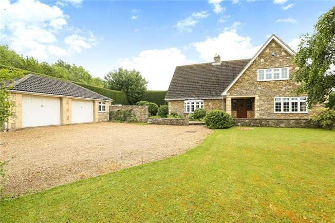 Guide Price £825,000, 4 Bedroom Detached House For Sale in Somerset, BA11