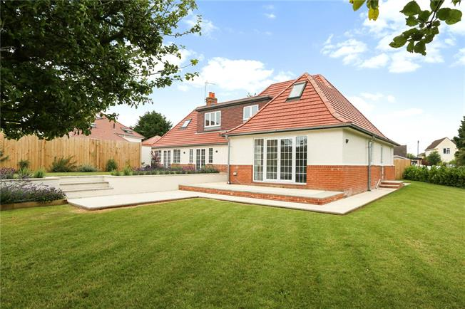 Guide Price £900,000, 5 Bedroom Detached House For Sale in Bristol, BS31