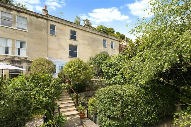 Guide Price £975,000, 3 Bedroom Terraced House For Sale in Bath, BA1