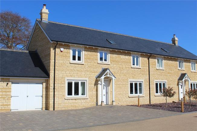 Guide Price £625,000, 4 Bedroom Garage For Sale in Frome, Somerset, BA11