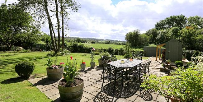 Guide Price £900,000, 4 Bedroom Detached House For Sale in Wick, BS30