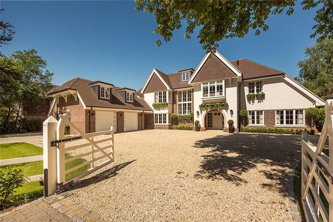 Guide Price £5,750,000, 7 Bedroom Detached House For Sale in Gerrards Cross, SL9