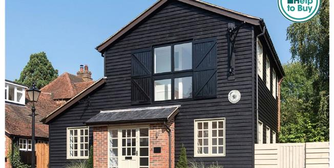 Asking Price £675,000, 2 Bedroom Detached House For Sale in Penn, High Wycombe, HP10