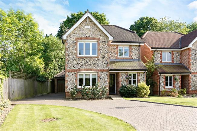 Guide Price £849,950, 4 Bedroom Detached House For Sale in Seer Green, HP9